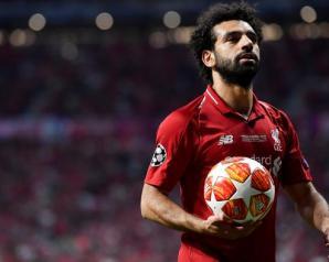 """رسميا.. ليفربول يخطر """"كاف"""" بعدم حضور محمد صلاح حفل الأفضل"""