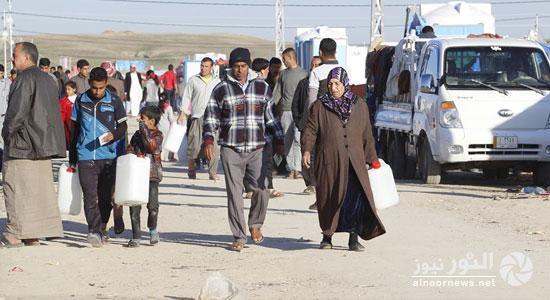 حقوق الانسان النيابية تطالب بايواء النازحين الجدد من الموصل ودفع رواتب موظفيها