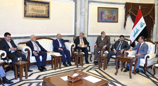 الجبوري يجتمع مع لجنة التحالف الوطني المكلفة بالتفاوض حول التشكيلة الوزارية الجديدة
