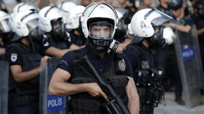 القوات التركية تعتقل 74 مشتبها بانتمائهم لـ