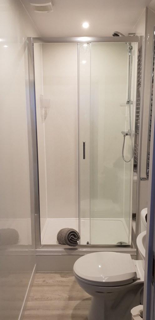 Bathroom - Bathroom shower cubicle