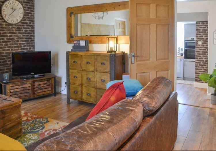 Split level living room to dining kitchen