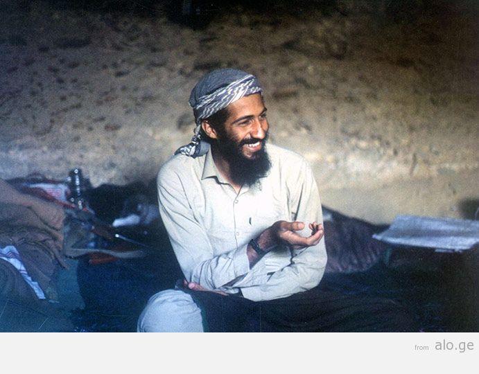 1988-Osama-bin-Laden-sits-001