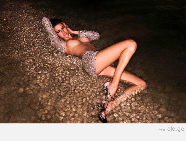 1254070194_photographer-david-bellemere-glamour-photo