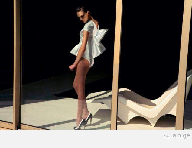 1254070217_photographer-david-bellemere-glamour-photo