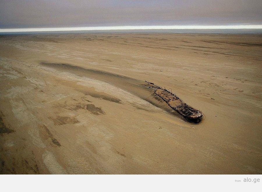 desertship04