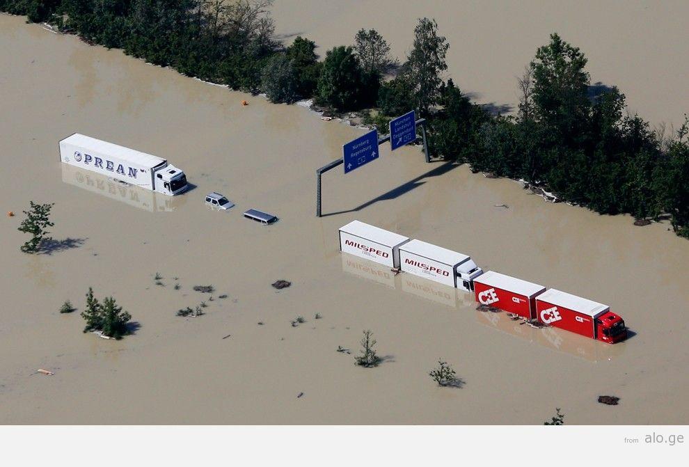 flooding38