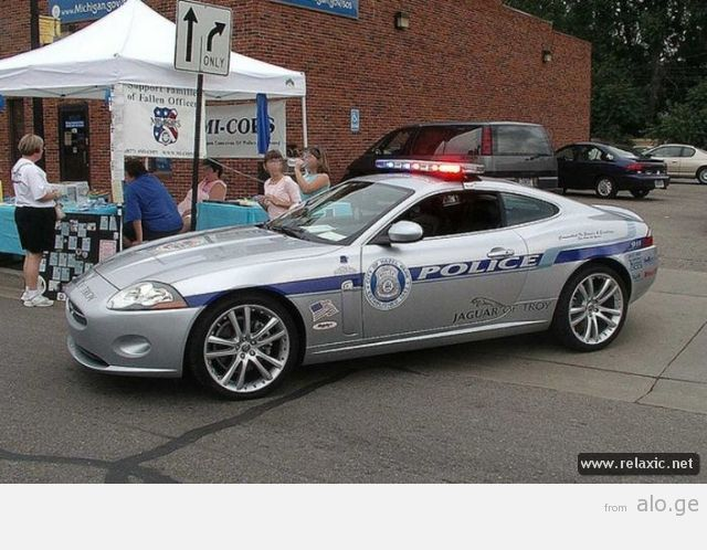 police-car_00021