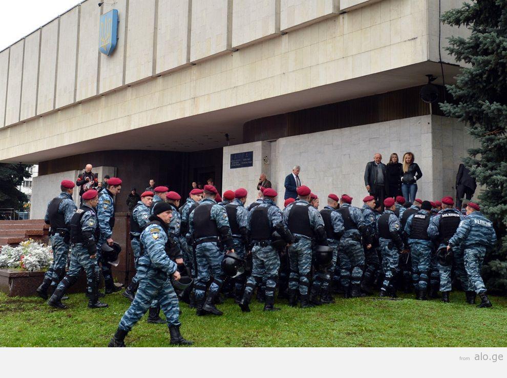 UKRAINE-VOTE-OPPOSITION-PROTEST