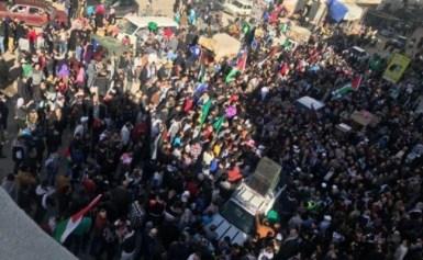 غزة تشيع شهداء قصف الاحتلال وسط تواصل المواجهات