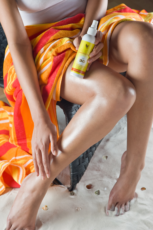 spray sunscreen forever