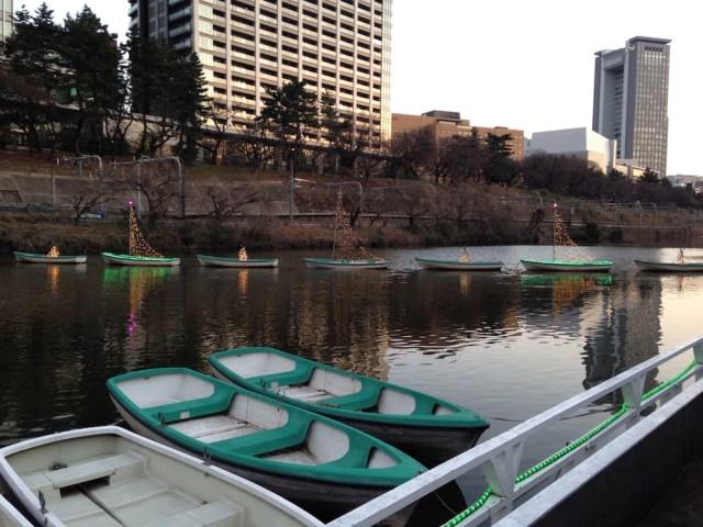 神楽坂エリアのカフェ(カナルカフェ)ボート
