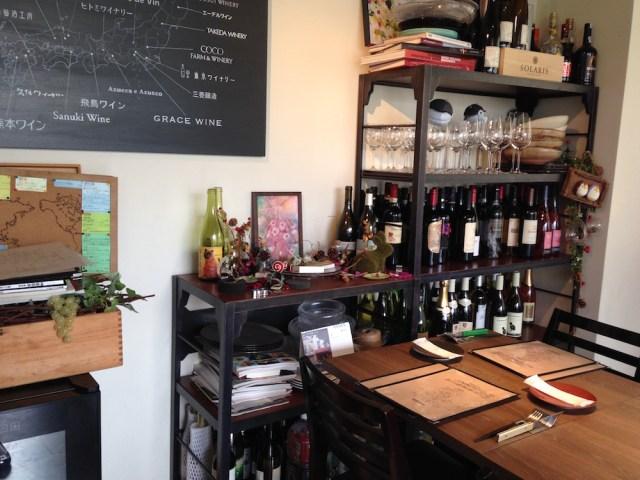 神楽坂のフランス料理店(ビズ神楽坂)テーブル席