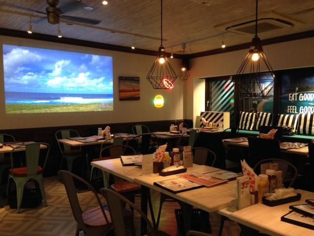 ハワイアンカフェ(原宿のハンバーガー店・店内2)