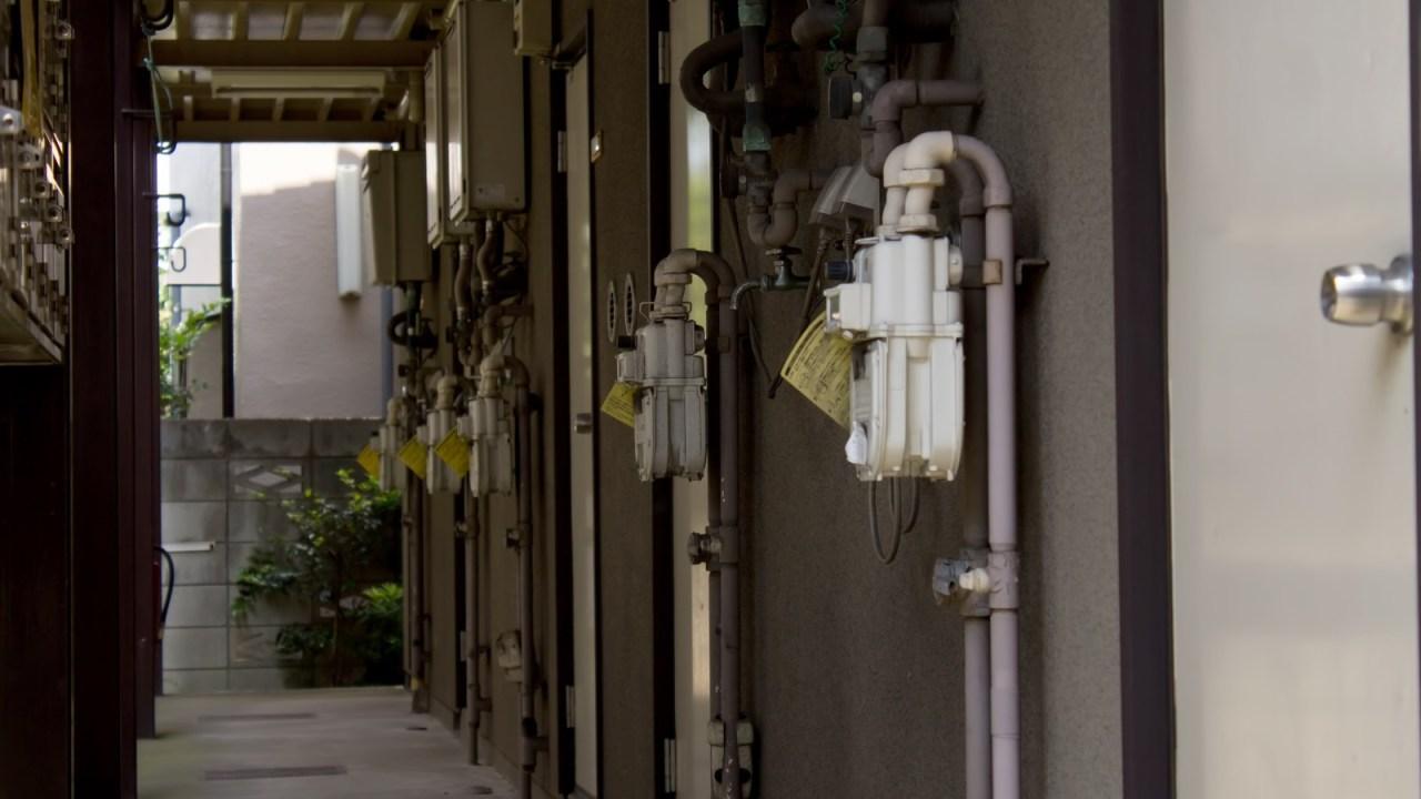 レオパレス違法建築問題