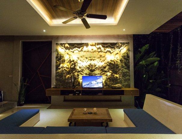 Rainbow Villa Lounge