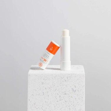 Naturalna pomadka do ust SPF30