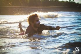 Kolorowy sztyft przeciwsłoneczny surfing
