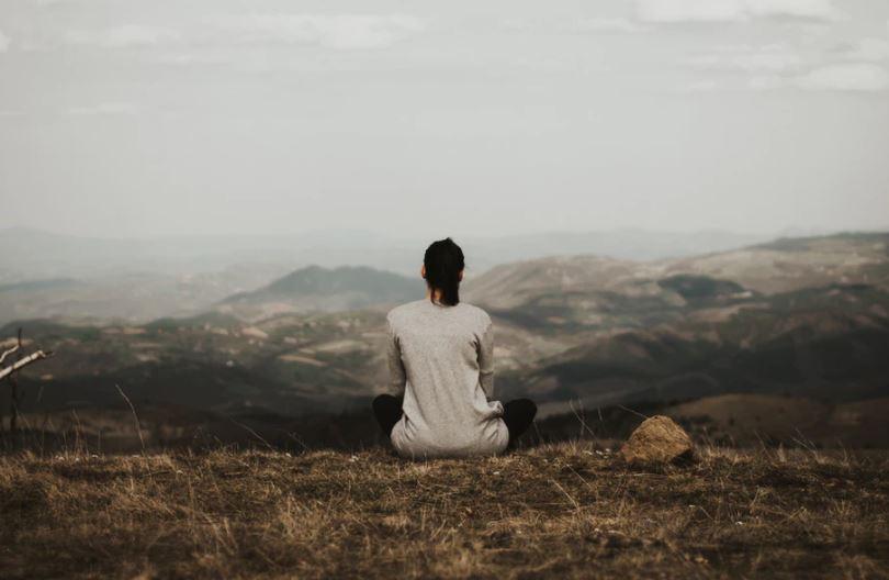 medytacja naturalne metody na bol glowy