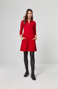 Vestido evase cuello rojo Surkana