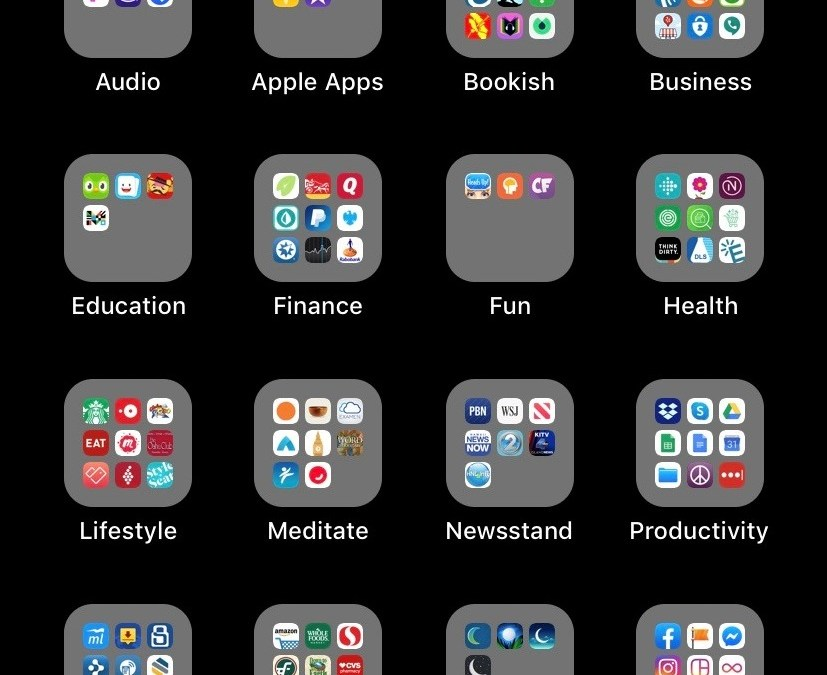 31 Day Tidy-Your-Life Challenge DAY 27- Organize and Delete Phone Apps