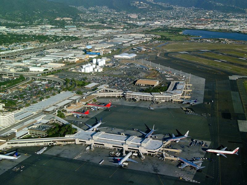 Aerial view of the Honolulu International Airport. Photo Credit: Hawaii Tourism Authority (HTA) / Ron Garnett