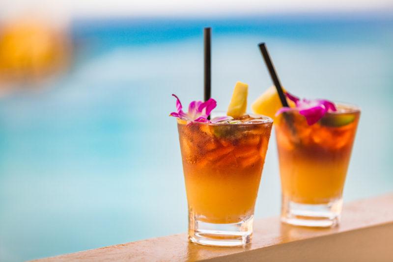 150 Things To Do On Oahu - drink a mai tai.