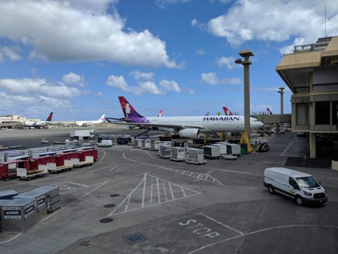 Hawaiian Airlines plane at Honolulu International Airport