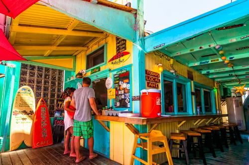 Placing an order at Mermaid's Cafe in Kapaa, Kauai. Editorial credit: Eddy Galeotti / Shutterstock.com