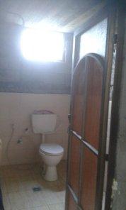Aufgrund der zahlreichen Helfer reichte das Geld sogar für eine Toilette.