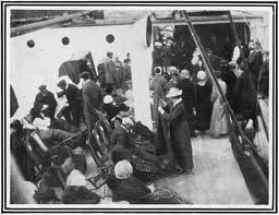 what time did the carpathia arrive at the titanic