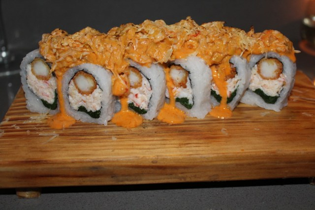 Buenos Aires Food Guide: Osaka roll from Osaka Restaurant via A Lo Profile