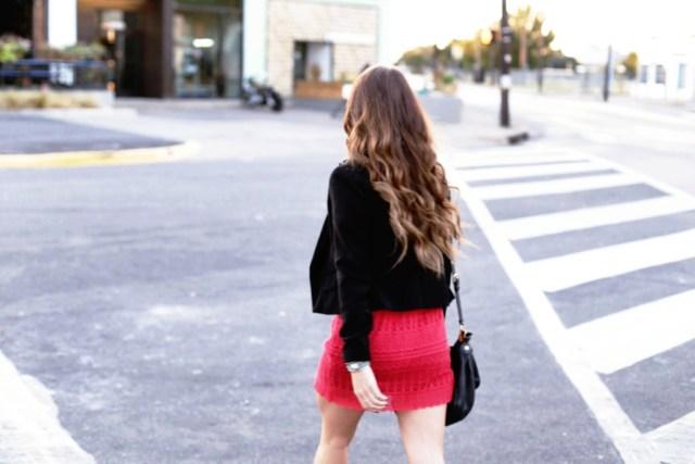 Red lace dress via A Lo Profile (www.aloprofile.com)