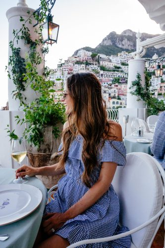 Positano Travel Guide via A Lo Profile