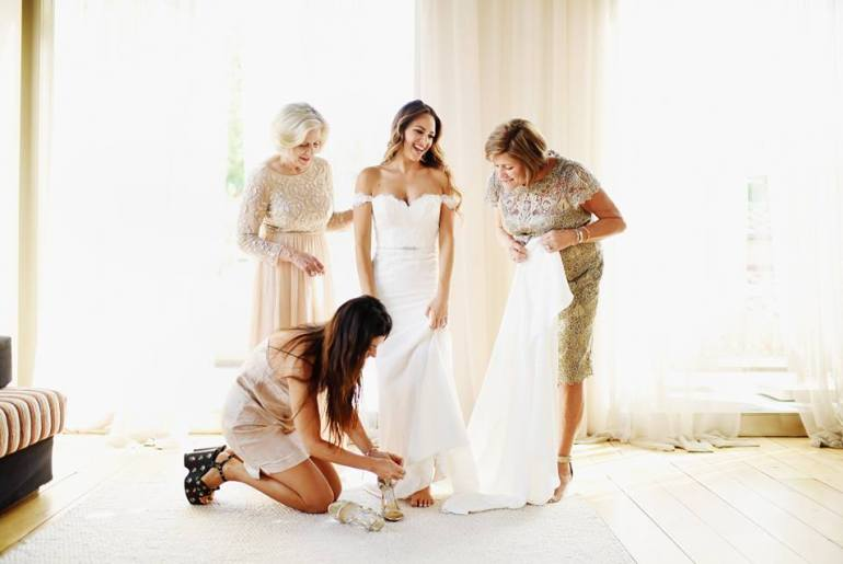 Mother of the Bride & Mother of the Groom Dresses: a roundup of all the most beautiful dresses in a variety of styles and price ranges.