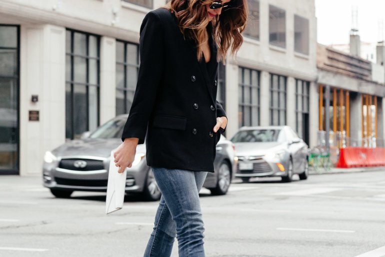 Boss babe blazer: Dallas blogger A Lo Profile sharing a menswear inspired blazer styled for date night with jeans, white embellished heels, and a white clutch. #blazer #menswear #blackblazer #springshoes