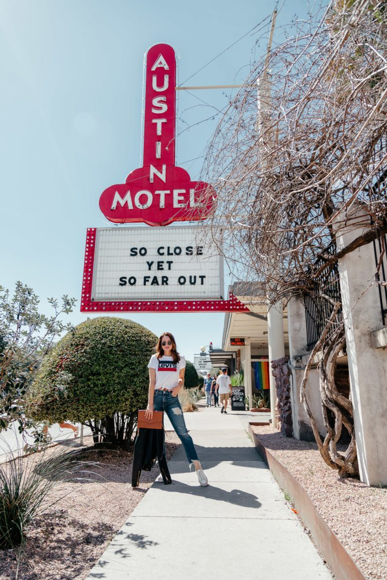 SXSW Recap: Dallas blogger sharing her recap from South by Southwest in Austin including what it is, where she went, what she ate, and what she wore. #SXSW #Fashion #Travel #FestivalFashion #Austin #ATX