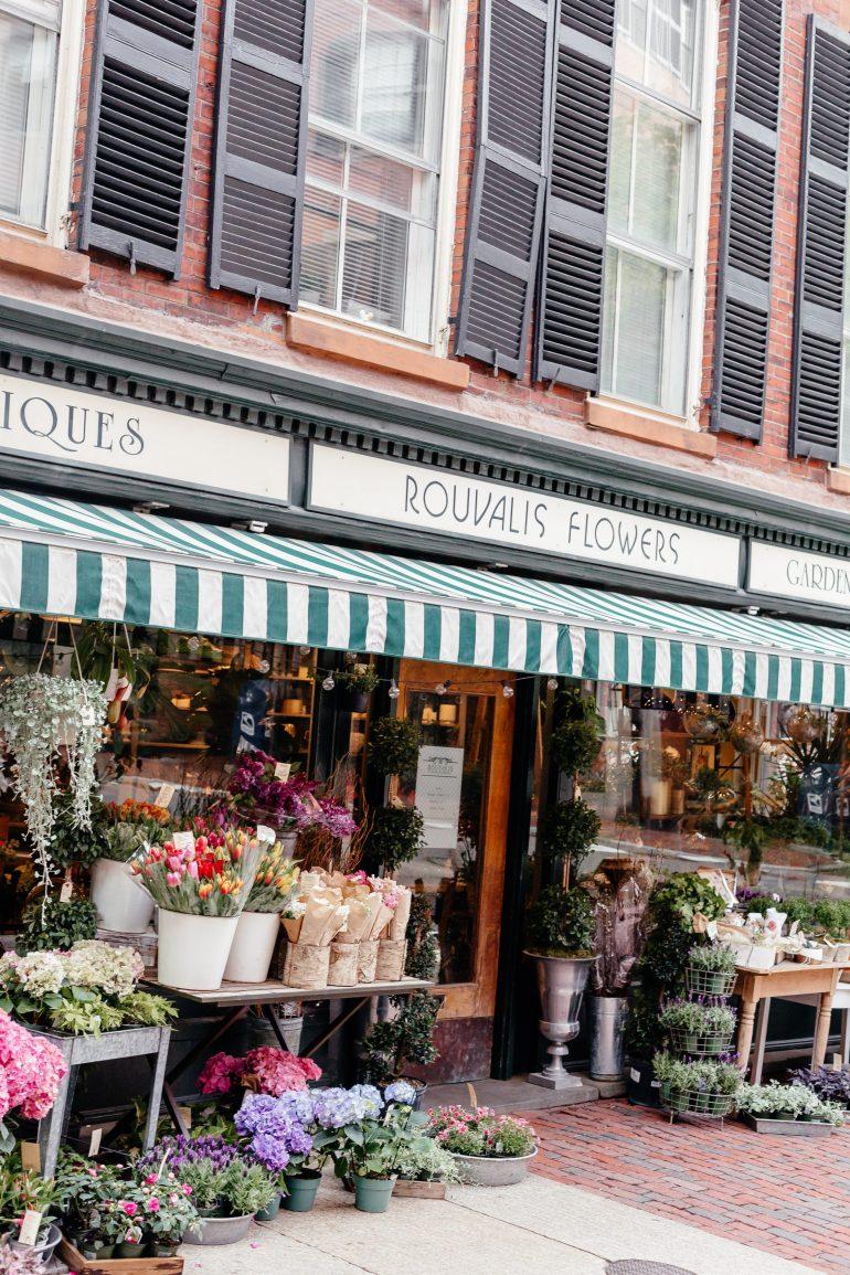 Flower Shop in Beacon Hill in Boston via A Lo Profile's Boston Travel Guide