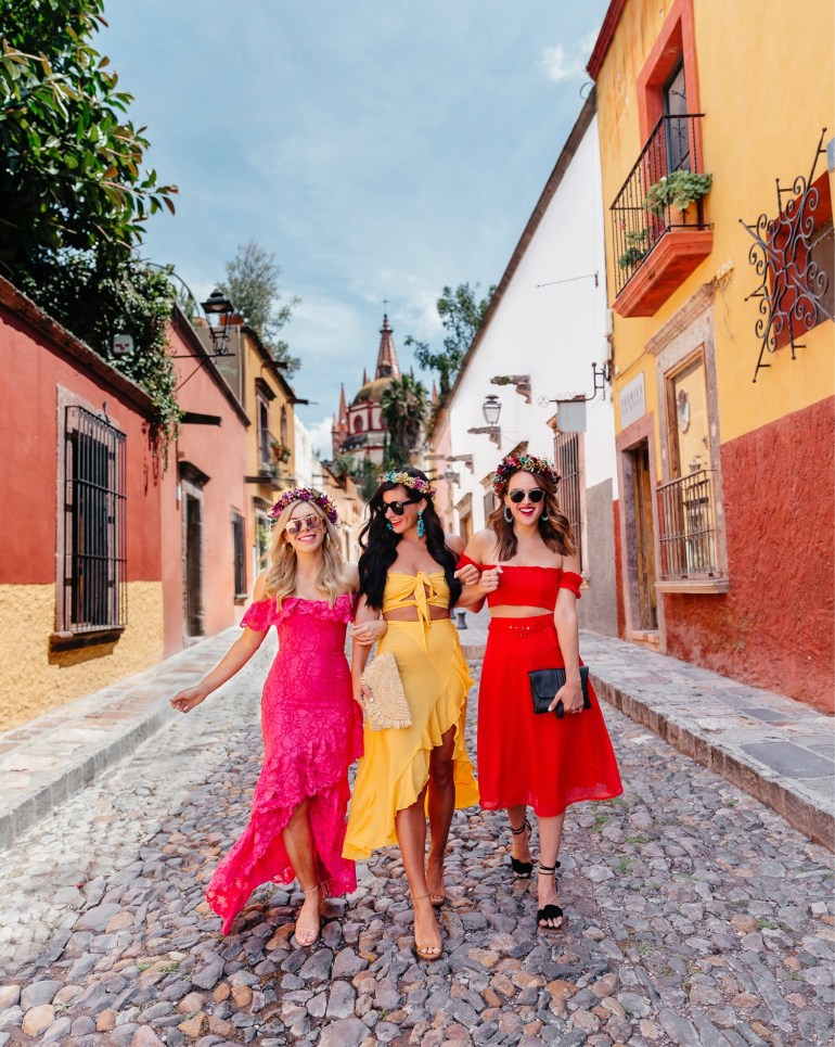Lynlee Poston of Gal About Town, Ally from Allyson in Wonderland, and Lauren of A Lo Profile in San Miguel de Allende wearing Revolve.