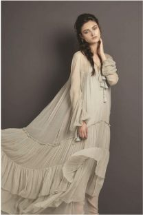 DRESS: Chloé Thuraya Mall. Earings:Ca & Lou Al Ostoura Thuraya Mall, Al Ostoura The Avenues