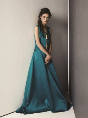 DRESS: Alberta Ferretti Thuraya Mall. Necklace :Lanvin Al Ostoura Thuraya Mall