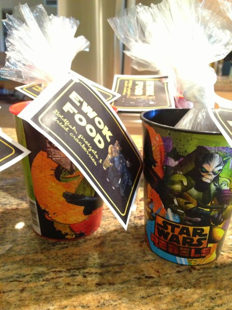 And Place Them In 89 Cent Star Wars Cups I Found At Target Edible But Not Junk A Reusable Container For Approximately 2 Each Party Favor Gold