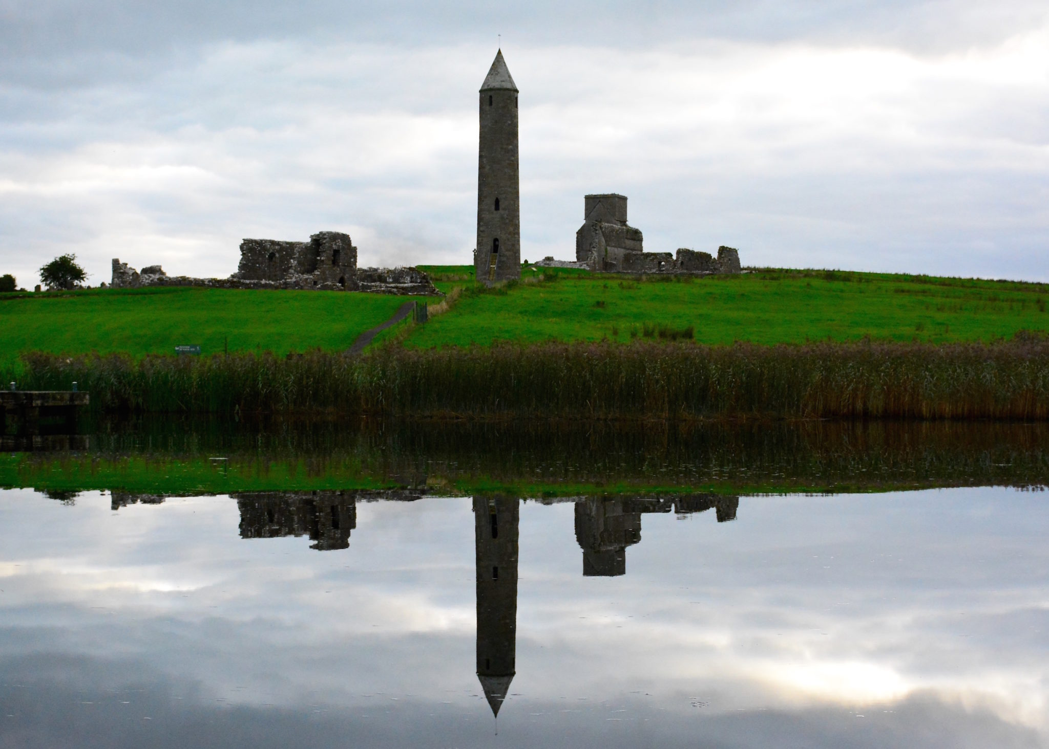 a-lovely-planet-devenish-island-monastic-site