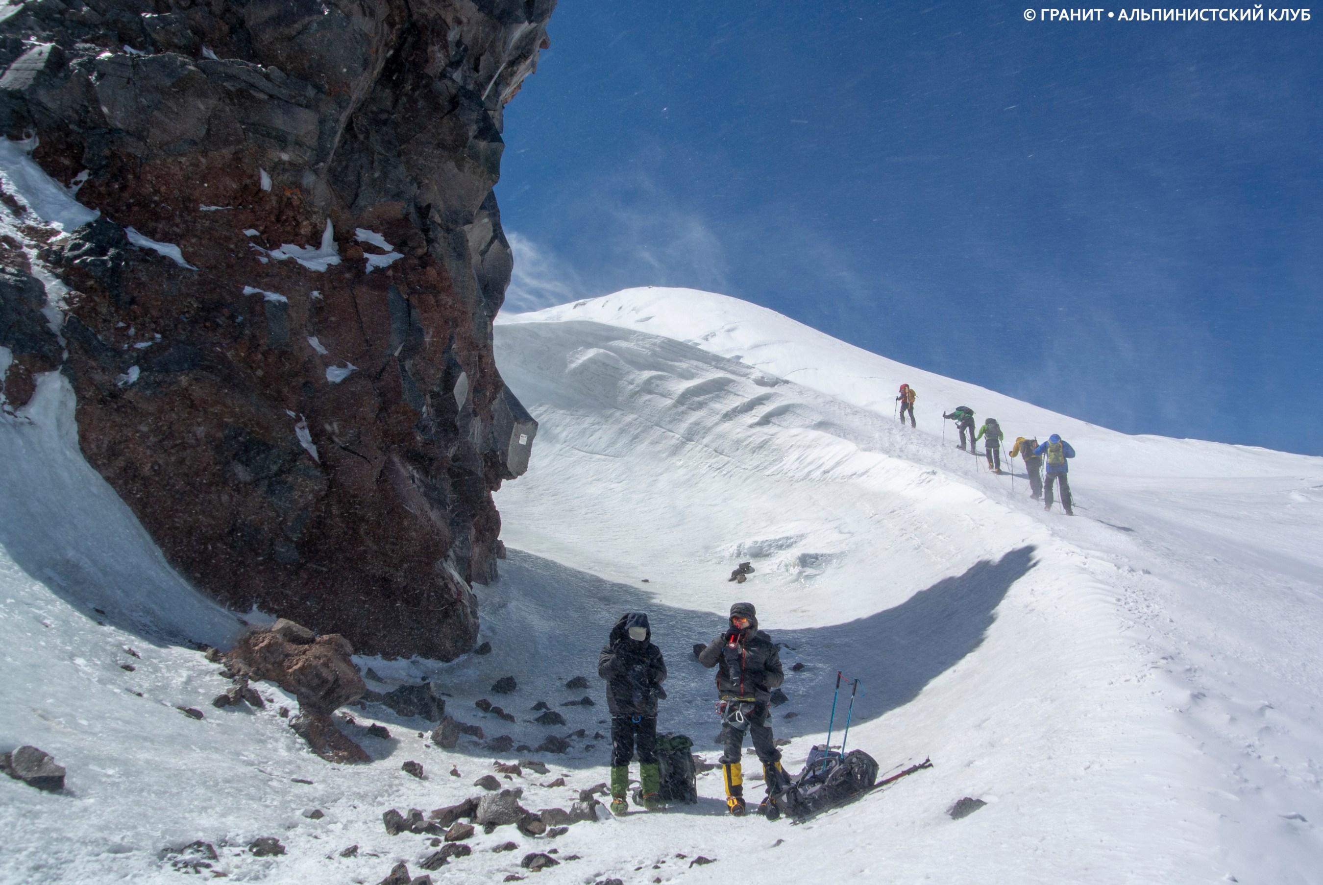 Эльбрус восхождение с севера фотоотчет перевале находится