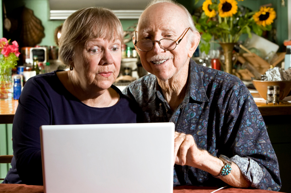 grandparents-on-computer
