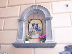 Cortona, Tuscany: where the Madona is always revered!