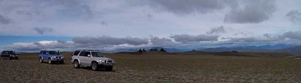 Toyotas traversing the very fragile environment of the Pisa Range on a fund raiser for Search and Rescue