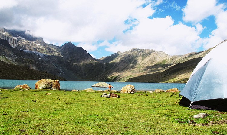Gangabal lake camp