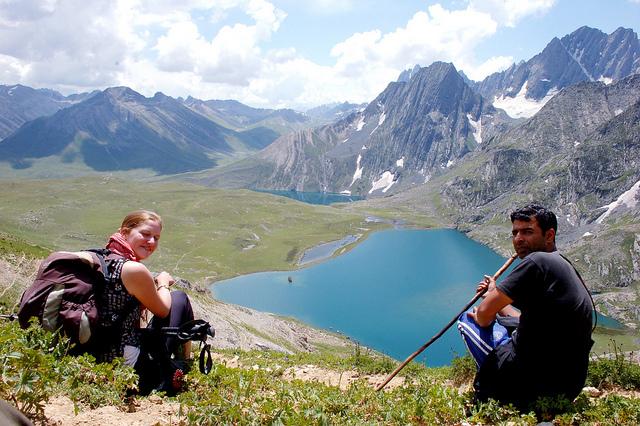 Kashmir Alpine lakes trek