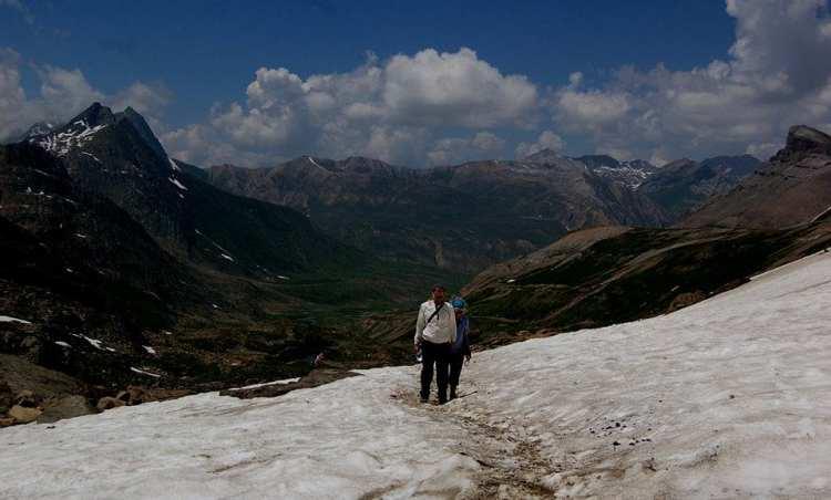 Hiking in Srinagar Kashmir